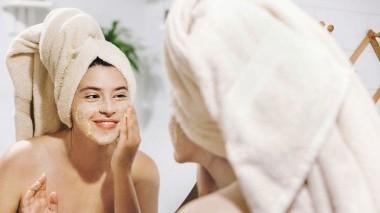 Come esfoliare la pelle del viso?