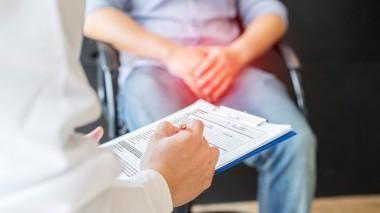 Prostata ingrossata: quali sono i sintomi e i rimedi?
